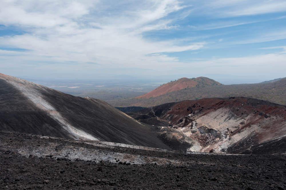 Uitzicht vanaf vulkaan Cerro Negro