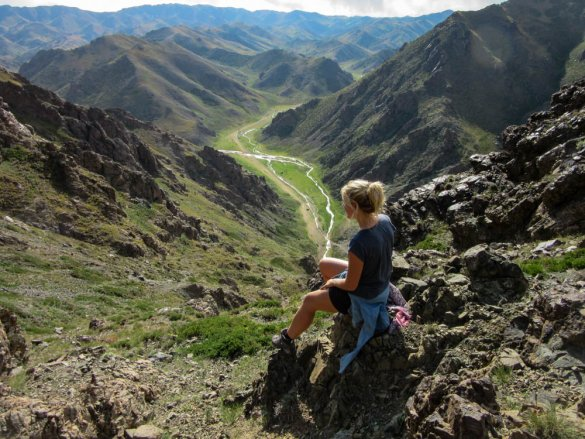 Annika overlooking the Yolyn Am valley in the Gobi desert