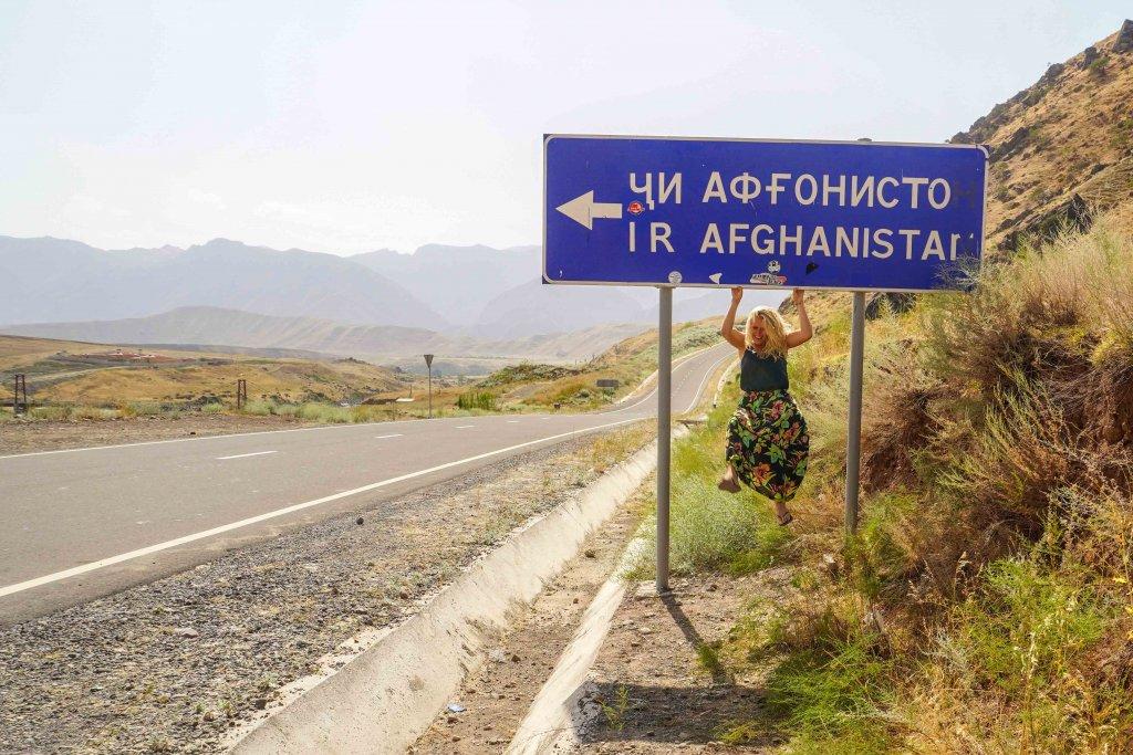 De Afghaanse grens bij de Pamir Highway in Tadzjikistan