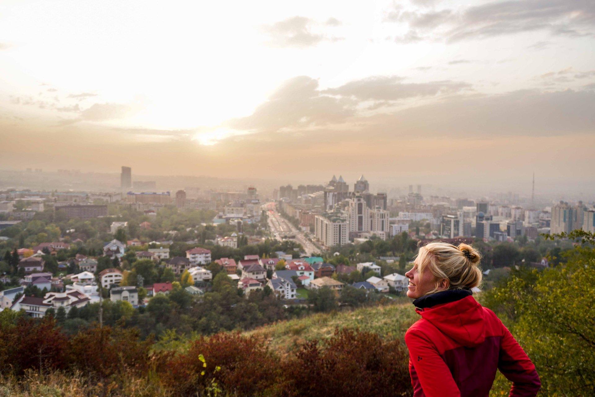 Uitzicht op Almaty in Kazachstan